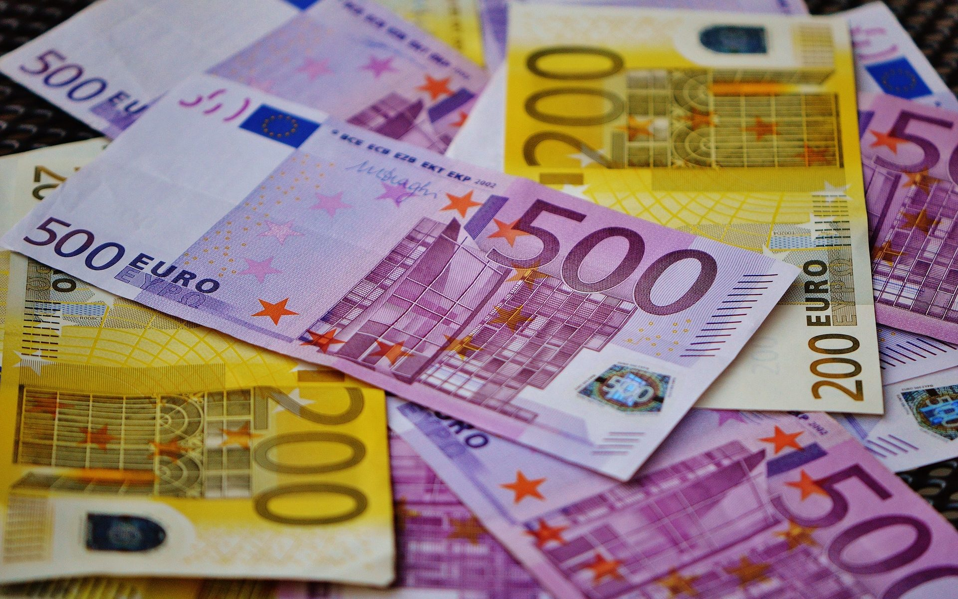 Foreign Currency Exchange Euros Pounds